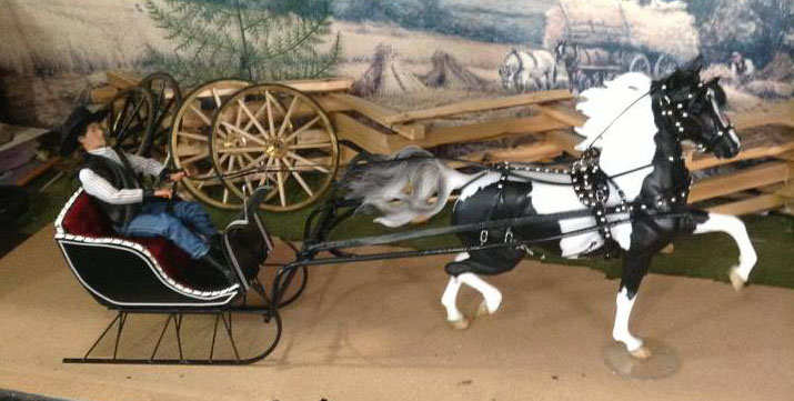 mhs52h One ninthScaleHorse drawnSleigh KulpModelHorseStore kulp model horse store